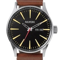 Nixon A105-019 Sentry Leather Black Brown 42mm 10ATM