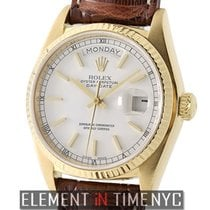 Rolex Day-Date 18k Yellow Gold Single Quick Set White Index...
