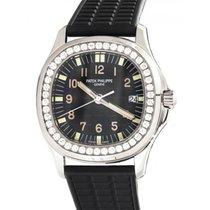 Patek Philippe 5067A-001 Aquanaut Ladies 35.6mm Embossed Black...