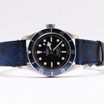 帝陀 (Tudor) Heritage Black Bay Blue