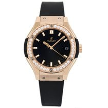 Hublot Classic Fusion King Gold Pave Quartz 33 mm