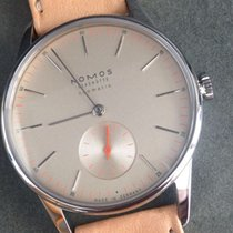 Nomos Orion neomatik champagner, Swing System