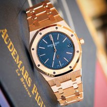 Audemars Piguet Royal Oak Extra-Thin 39 mm Rose Gold Blue Dial...