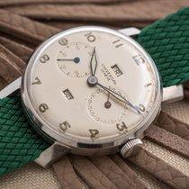 Universal Genève Triple Date Vintage Watch