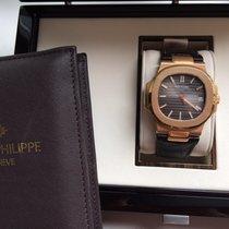Patek Philippe Nautilus 5711R-001 mit Lederband