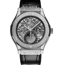 Hublot Classic Fusion Moonphase  Titanium Mens WATCH 517.NX.01...