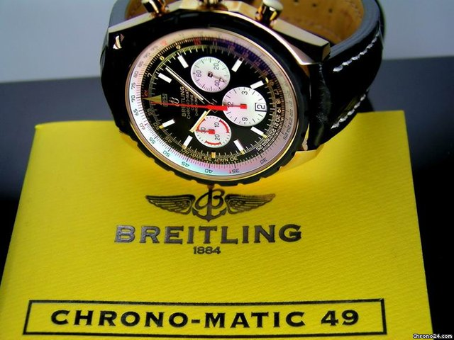Breitling Navitimer Chrono-Matic 49 Rosgold