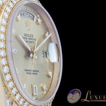 Rolex Day-Date Diamantbesatz (ROLEX) 18kt Gelbgold | LC100 |...