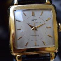 IWC carrée