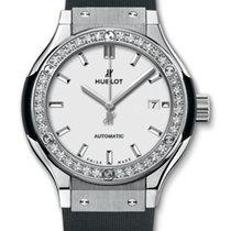 ウブロ (Hublot) Classic Fusion 33mm Titanium Opalin Diamonds...