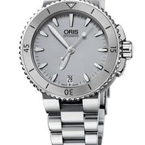Oris Aquis Date Farbe Grau