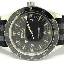 """Omega SEAMASTER 300 MASTER CO-AXIAL """"SPECTRE"""" Limited..."""