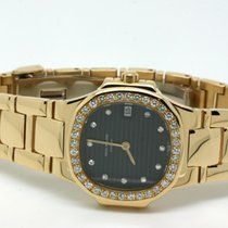 Patek Philippe Nautilus Damen 18kt Gold Originalbesatz Diamanten