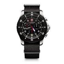 Victorinox Swiss Army Herrenuhr Timeproof Maverick Sport...