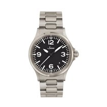 Sinn 556 A with steel bracelet NEW