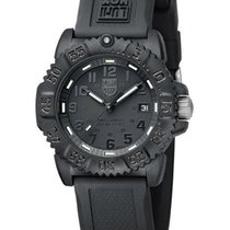 Luminox Midsize Colormark Black-Out - PC Carbon Reinforced -...