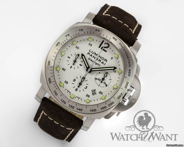 Panerai PAM 251 - Luminor Daylight Chronograph Ivory/Creme Dial - 44mm Stainless Steel - Boxes/Papers 100% Complete & As-New