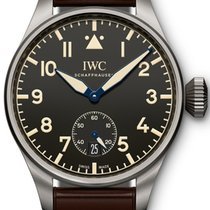 IWC IW510301 Big Pilot Heritage 48 in Titanium - On Brown...