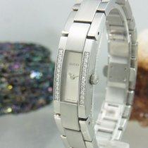 Gucci 4600l Diamanten Besetzt Damenuhr
