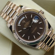 Rolex Day-Date 40 228235 Everose Gold Chocolate Motif Dial MINT