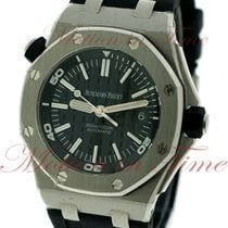 Audemars Piguet Royal Oak Offshore Diver, Black Dial -...