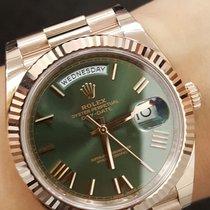 Rolex 228235 Rose Gold 40mm Day Date Greeb Roman Dial