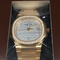 Patek Philippe 7010/1R-011 Rose Gold Ladies Nautilus 32mm [NEW]