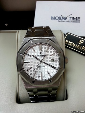 Audemars Piguet 15400ST Royal Oak 41mm Steel White Silver Dial [NEW]